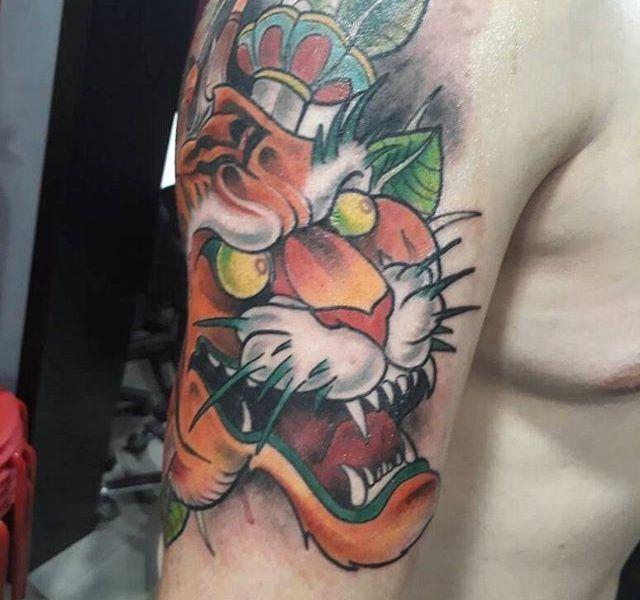 tatuaje tigre nueva escuela