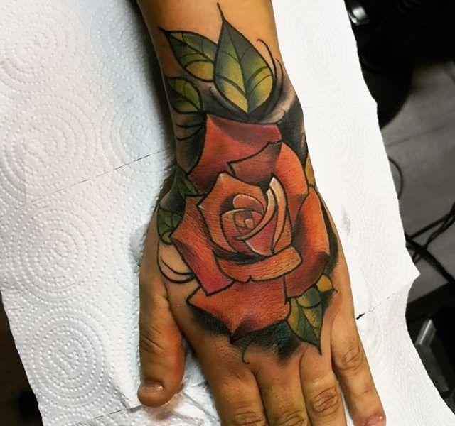 tatuaje neo tradicional color