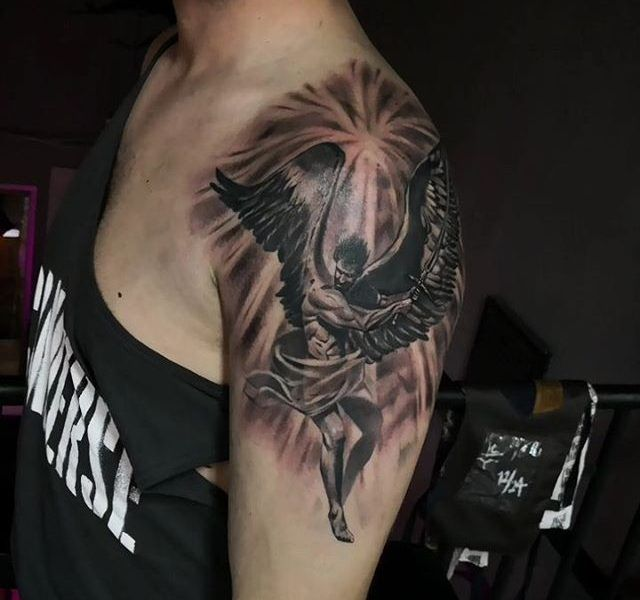 andel tatuado