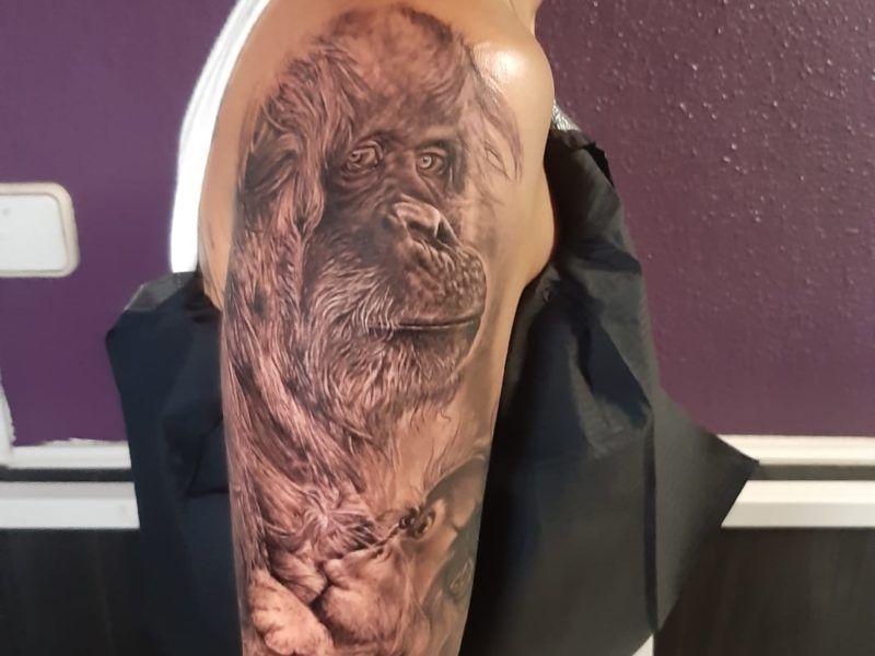 Orangutan realismo tattoo