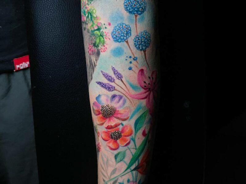 color tattoo flores