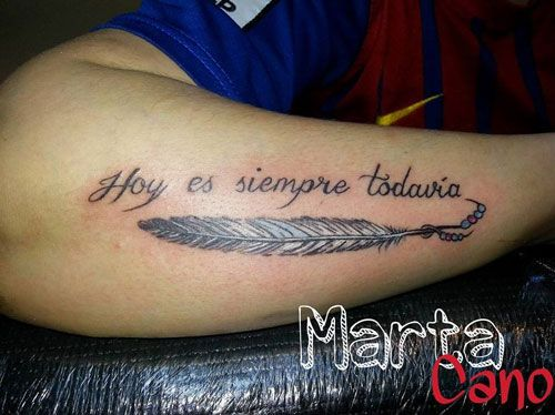 tatuejes en el antebrazo de letras